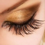 How To Apply False Eyelashes?