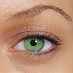 Use Of Colored Contact Lenses For Eyes Makeup
